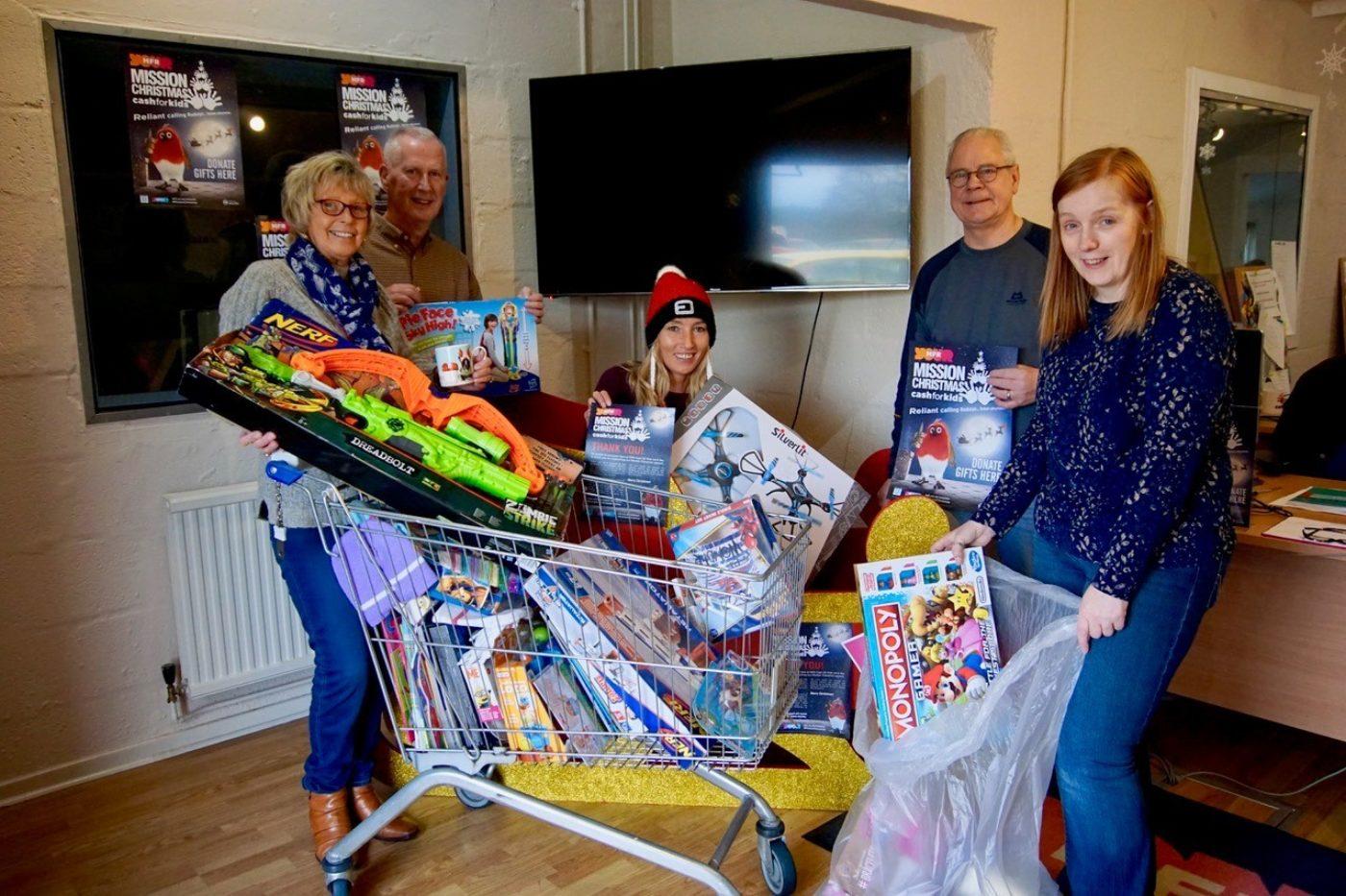 Pictured left to right are; Helen MacPherson (MFR), Derek Morrison (John Fraser & Son), Amy Jamieson (MFR) George MacKenzie (Volunteer) and Darlene Mackay (John Fraser & Son)